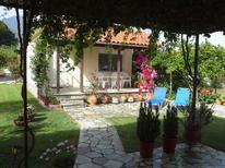 Dom wakacyjny 876627 dla 2 dorośli + 1 dziecko w Platanidia