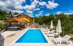 Ferienhaus 877609 für 8 Personen in Viškovo