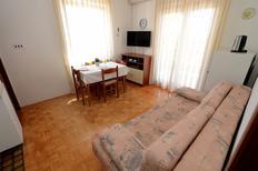Mieszkanie wakacyjne 878686 dla 4 osoby w Zadar