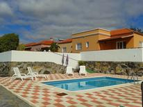 Holiday home 880309 for 3 adults + 1 child in Los Llanos de Aridane