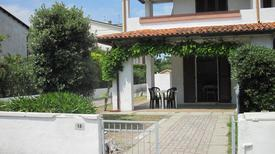 Holiday apartment 882001 for 4 persons in Lido delle Nazioni