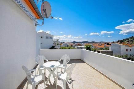 Appartamento 882040 per 4 persone in Tribunj