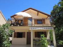 Holiday apartment 882901 for 4 persons in Karlobag