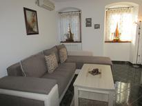 Ferienwohnung 884693 für 6 Personen in Kotor