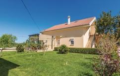 Ferienwohnung 885010 für 4 Personen in Poljica bei Zadar