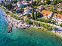 Appartement 885468 voor 4 personen in Zadar