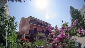 Appartement de vacances 887012 pour 6 adultes + 3 enfants , Punat