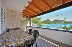 Appartement 888798 voor 3 personen in Zaklopatica