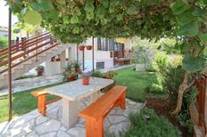 Holiday apartment 889256 for 8 persons in Umag