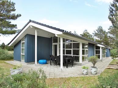 Villa 893996 per 10 persone in Torup Strand