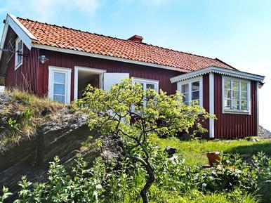 Holiday home 894306 for 4 persons in Kyrkesund