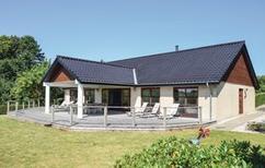 Casa de vacaciones 894927 para 8 personas en Tryggelev