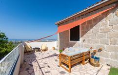 Ferienhaus 897017 für 8 Personen in Split-Kucine