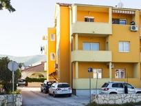 Holiday apartment 897552 for 5 persons in Divulje