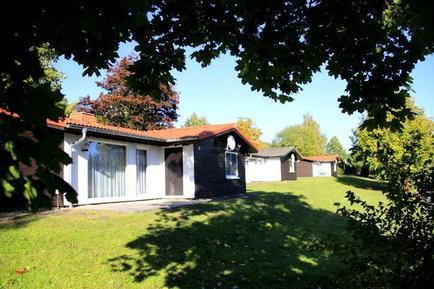 Villa 899328 per 2 adulti + 2 bambini in Hohenroda