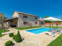 Ferienhaus 902462 für 6 Personen in Rovinj