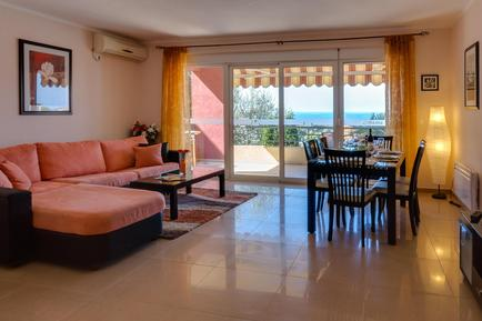 Holiday apartment 902934 for 4 persons in Utjeha