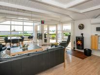 Villa 903370 per 8 persone in Grønninghoved Strand