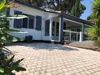 Holiday home 906259 for 4 adults + 1 child in Saint-Tropez