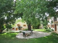 Ferienhaus 907363 für 8 Personen in Višnjan