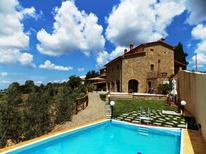 Holiday home 908157 for 10 persons in Civitella in Val di Chiana