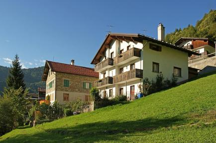 Holiday apartment 908575 for 5 persons in Cencenighe Agordino