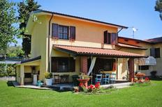 Holiday home 910369 for 7 adults + 1 child in Bargecchia