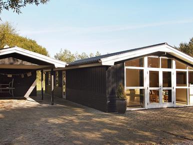 Villa 911748 per 8 persone in Nørre Lyngby