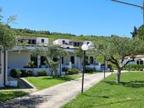 Mieszkanie wakacyjne 911846 dla 4 osoby w Lago Dragoni