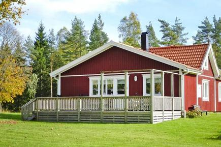 Holiday home 912951 for 4 persons in Brålanda