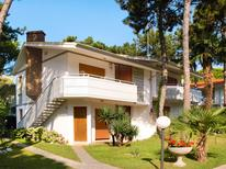 Holiday apartment 915415 for 5 persons in Lignano Pineta