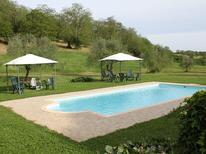 Ferienhaus 915584 für 6 Personen in Manziana