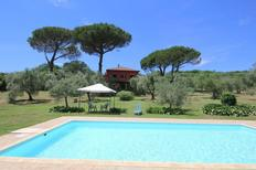 Holiday home 915585 for 12 persons in Manziana