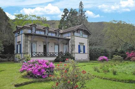 Villa 916456 per 2 persone in Furnas