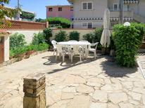 Casa de vacaciones 916895 para 6 personas en La Caletta