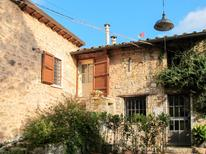 Villa 917630 per 3 persone in Stabbiano
