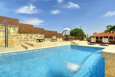 Ferienhaus 918361 für 10 Personen in Rovinjsko Selo