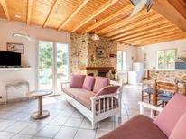 Holiday home 919260 for 8 persons in Hauteville-sur-Mer-Plage