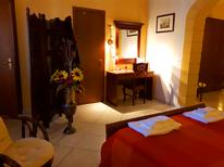 Room 921333 for 4 persons in Bolognetta