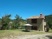 Casa de vacaciones 921371 para 8 personas en Assisi