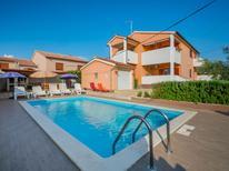 Ferienhaus 922320 für 12 Personen in Galižana