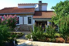 Holiday apartment 922881 for 4 persons in Splitska