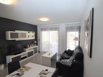 Appartement 925683 voor 4 personen in Urbanización Blue Lagoon