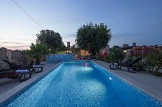 Villa 927944 per 10 adulti + 2 bambini in Šišan