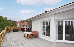 Holiday home 928197 for 5 adults + 1 child in Hamburgsund