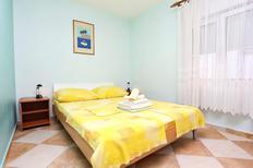 Ferienwohnung 929872 für 4 Personen in Promajna