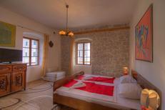 Appartement 930845 voor 5 volwassenen + 1 kind in Herceg Novi