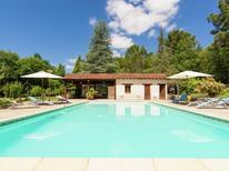 Ferienhaus 931267 für 12 Personen in Bourgnac