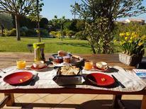 Ferienhaus 931562 für 9 Personen in Saint-Pierre-de-Vassols