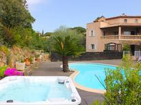 Ferienhaus 931575 für 8 Personen in Sainte-Maxime